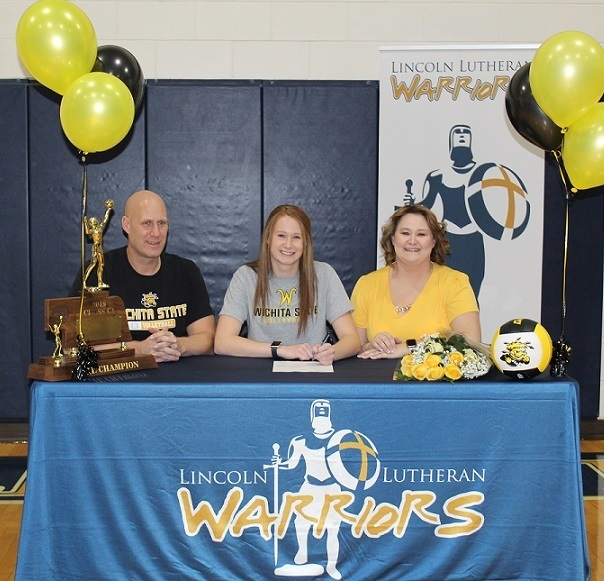 Marriah Buss Signing