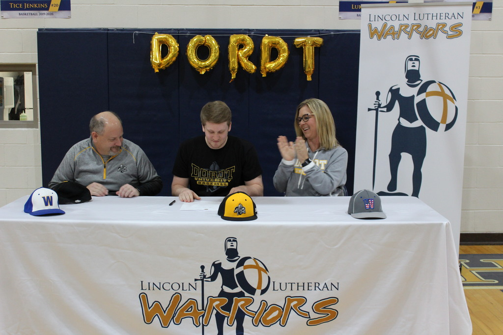 Baseball player signs with college